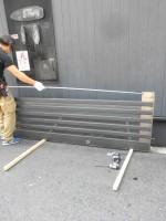 リフォのサッシ修繕工事 大阪市西成区 玄関引き戸硝子割れ替え工事
