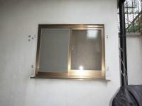 リフォの窓リフォーム 大阪市住吉区 防犯対策!面格子・角ラッチ取付