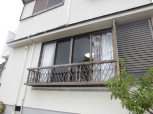 リフォの台風被害修繕リフォーム 吹田市 窓手摺取替え工事